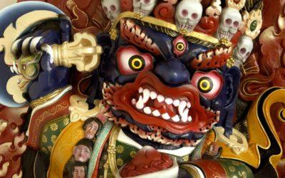 Gniewni i łagodni Buddowie